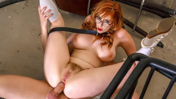 Lauren Phillips - Staircase Hookup (2019/HD)