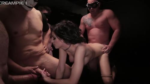 Shavelle Love - Gang Bang (FullHD)