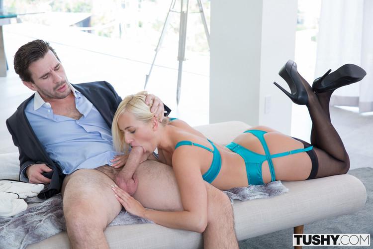 Kate England y una follada anal espectacular