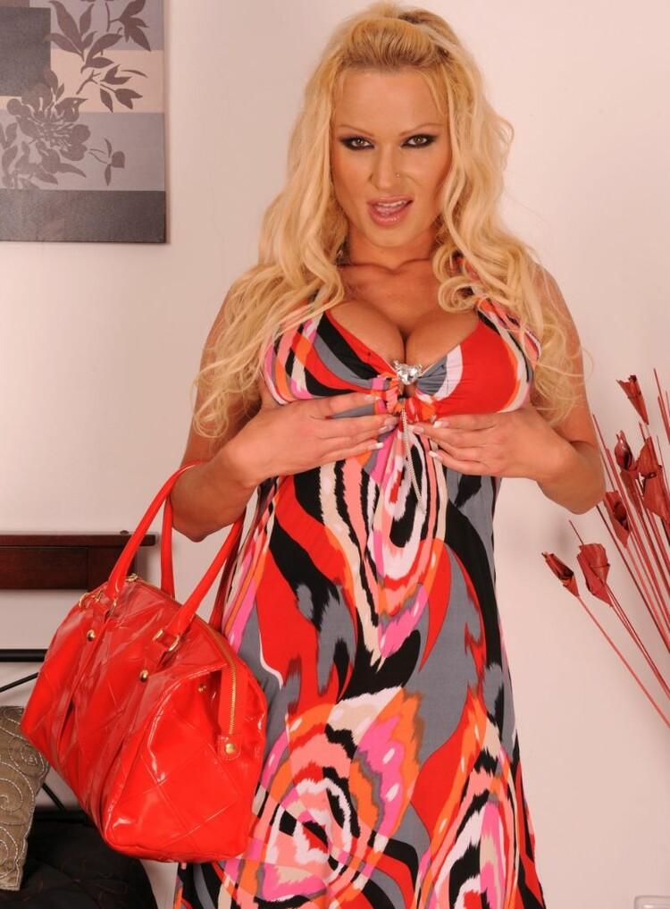 Sharon Pink
