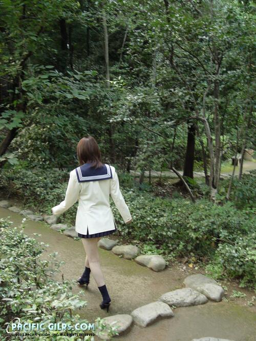[Image: miyu-001_m.jpg]