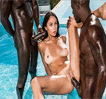 Ariana Marie-The Hot Wife Abroad