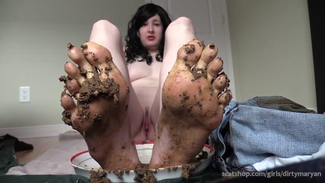 DirtyMaryan - Eat my shit off my feet Foot fetish scat slave