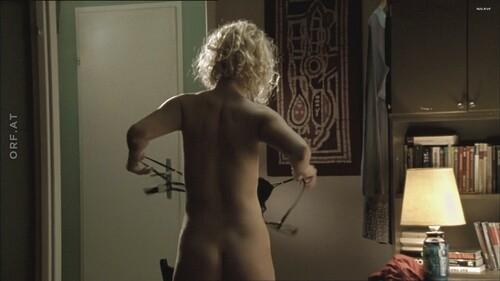 Walser nude franziska Laurie Metcalf