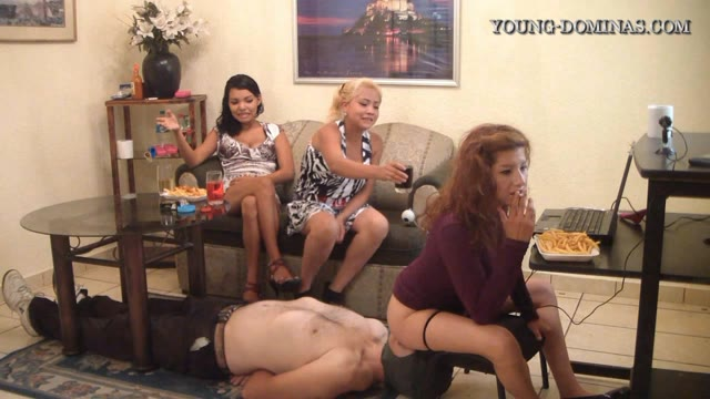 Young-Dominas - Live Chat And Shit