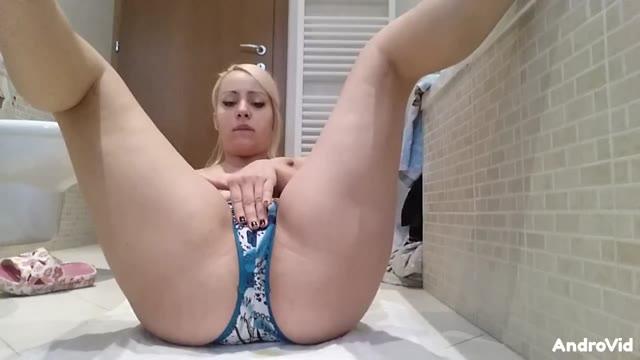 GoddessLolita - Smearing Very Hot