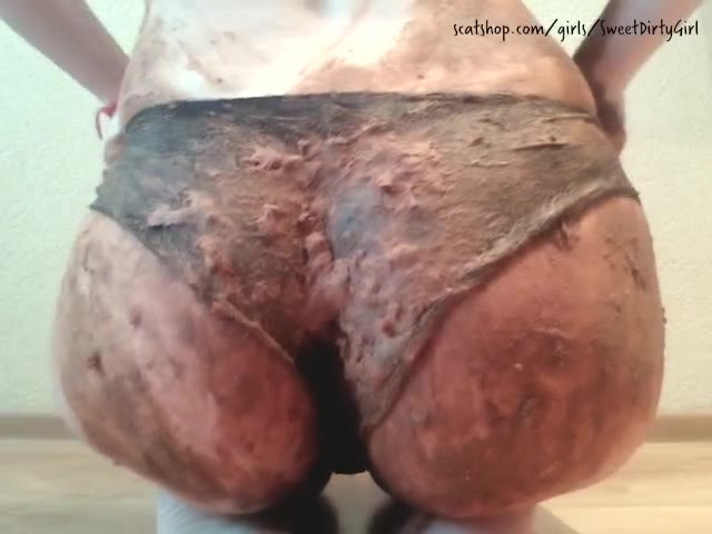 KatiePoo - Panty poop and smear - My first video here