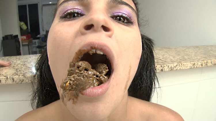 SG-Video - Scat Dinner - Extreme Swallow by Top Domina Isabela Monteiro