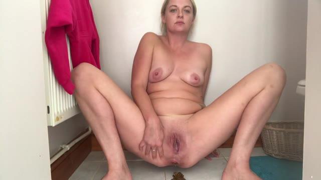 Jojo3767 - Frontal poop video