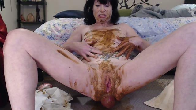 dirtygardengirl - Loose Poop Smearing 2