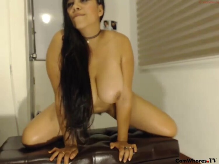 Latina Sloppy Blowjob Swallow