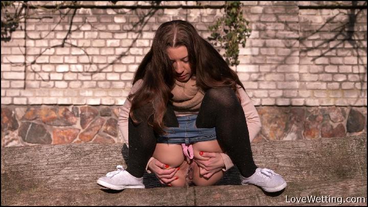Public Peeing On Vimeo