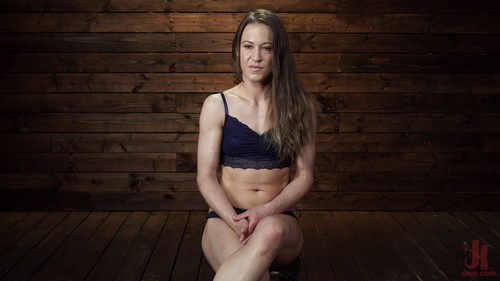 September 19, 2019 - Cheyenne Jewel - Cheyenne Jewel: Body Builder is Restrained in Diabolical Devices