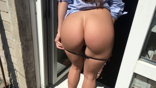 Hard fucked a girl with a big ass at her house