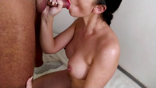 Milf give sloppy blowjob and gets cum in mouth