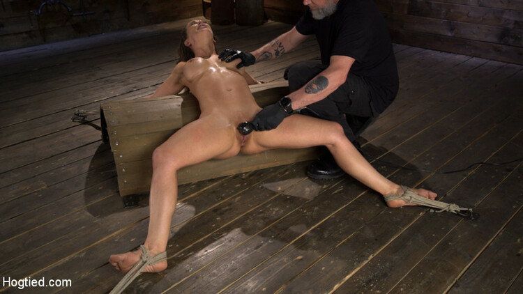 Dahlia Is Made To Endure The Most Brutal Bondage Grueling Torment 4porn 1