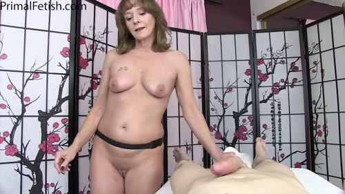Cyndi Sinclair - 'Mesmerizing the MILF Masseuse' (720p)