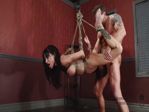 Fuckingdungeon Gia Dimarco Sexpornbibi Bondage Sex Hometown Mylf 1