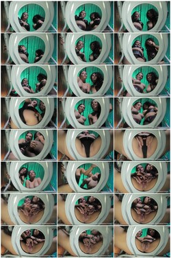 Peeing208_thumb_s.jpg