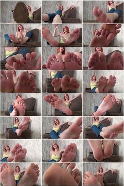 SweetGirlFeetVZ149_thumb_s.jpg